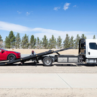 Electric-vehicle-battery-finish-die-recovery-tow-dead