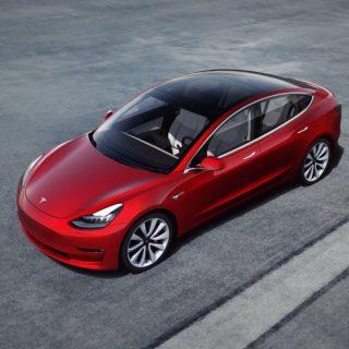 Electric-vehicle-options-buying-guide-tesla-volkswagen-rivian-factors-range-charge